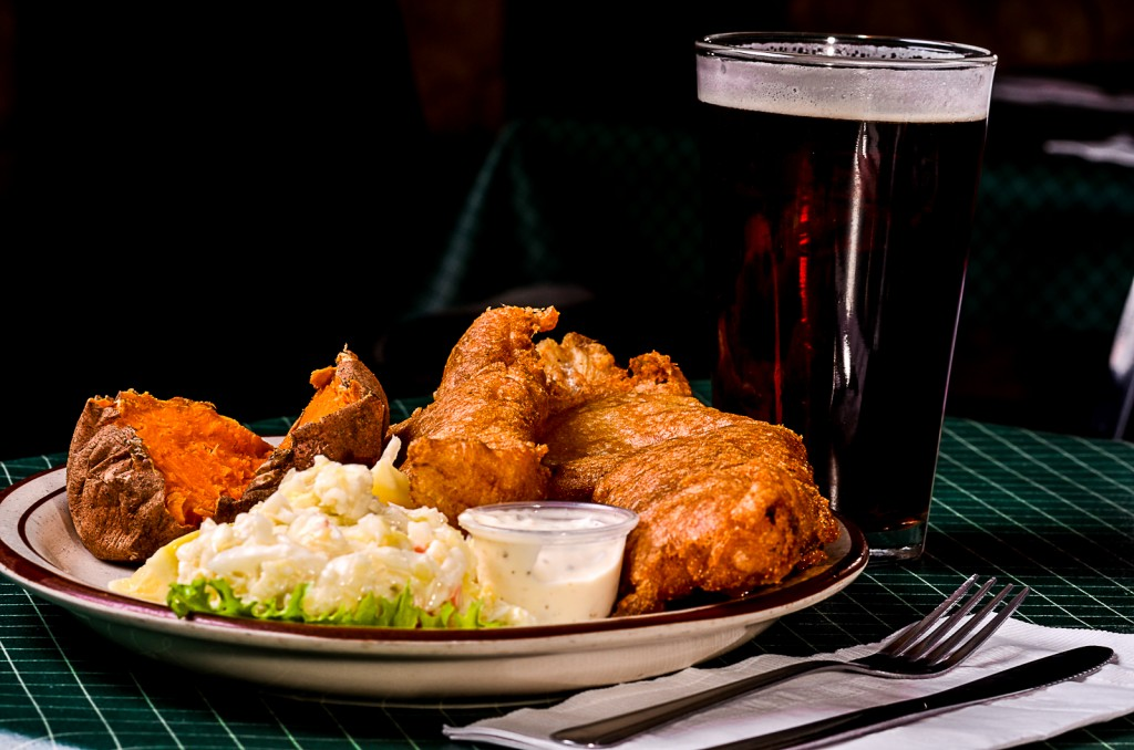 Squire 39 s friday specials buffalo fish fry squires for Best fish fry buffalo ny